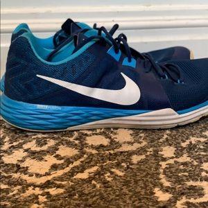 Nike Train Prime Iron DF mens sneakers 832219-401